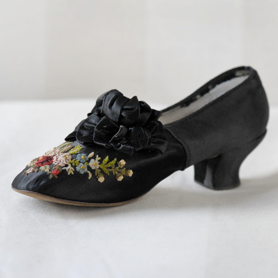 F. Pinet Flower Embroidered Shoes, circa 1870