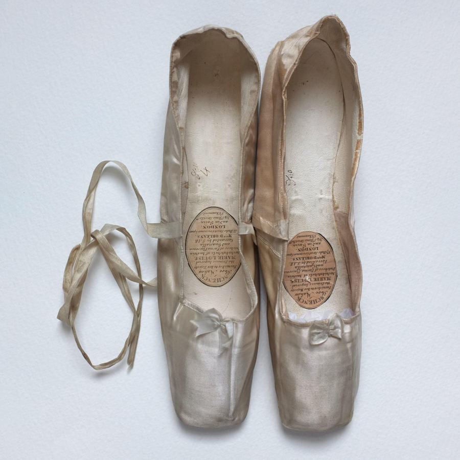 Schenk Cream Silk Pumps circa 1830 - with provenance