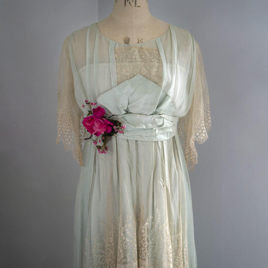 Silk and Lace Afternoon Dress circa 1918
