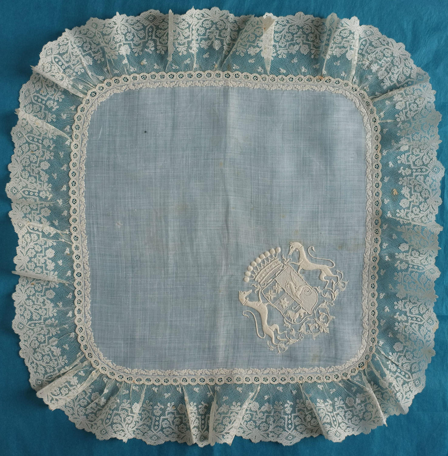 19th Century Handkerchief with the crest of Goislard de Villebresme