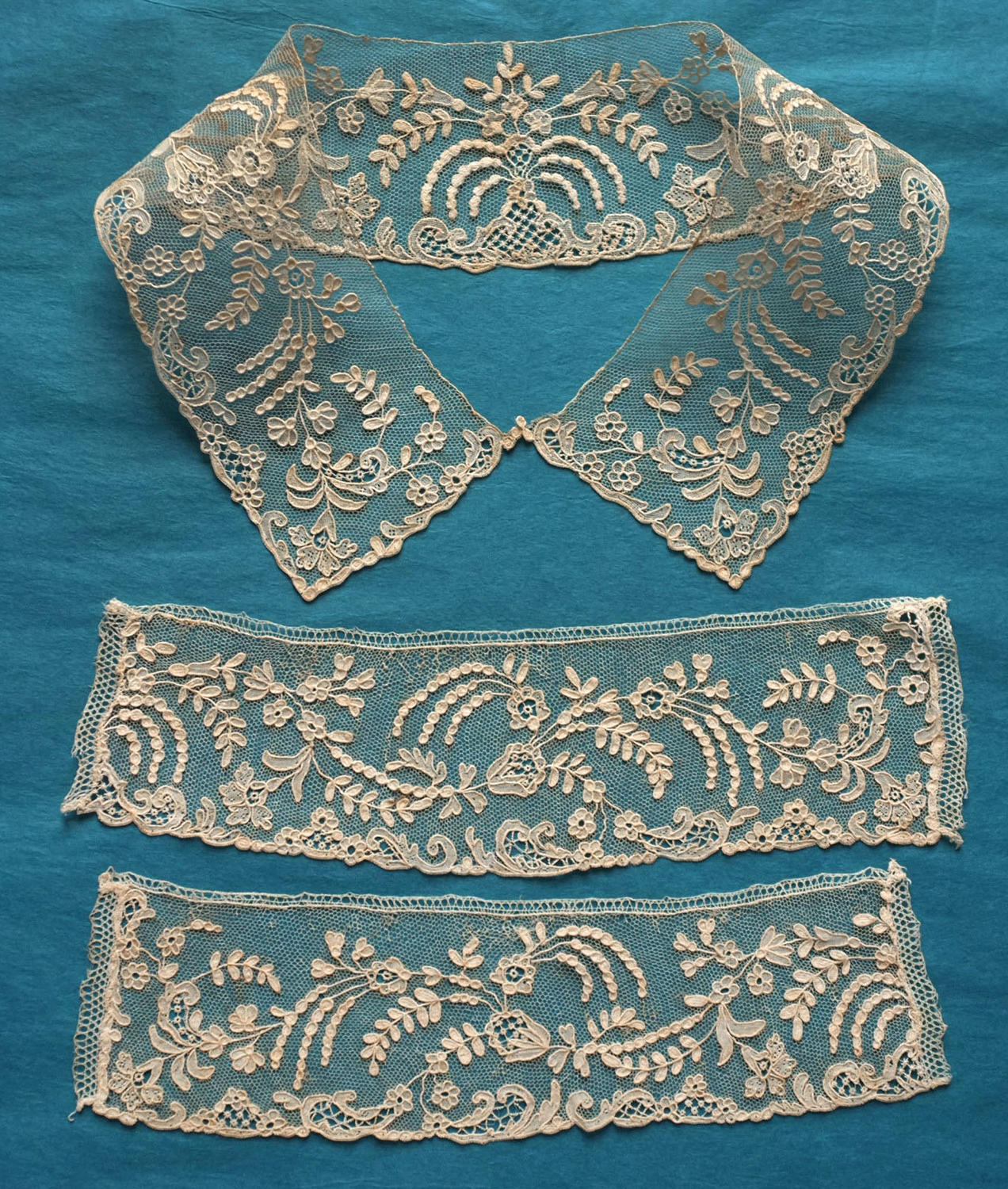 19th Century Alencon Collar and Cuffs