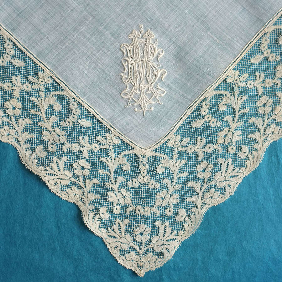 Antique 19th Century Handkerchief with Valenciennes Border