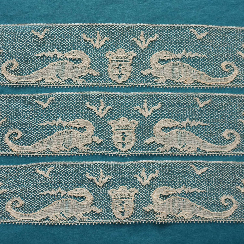 Antique French Machine Lace Border - Dragons & Crest