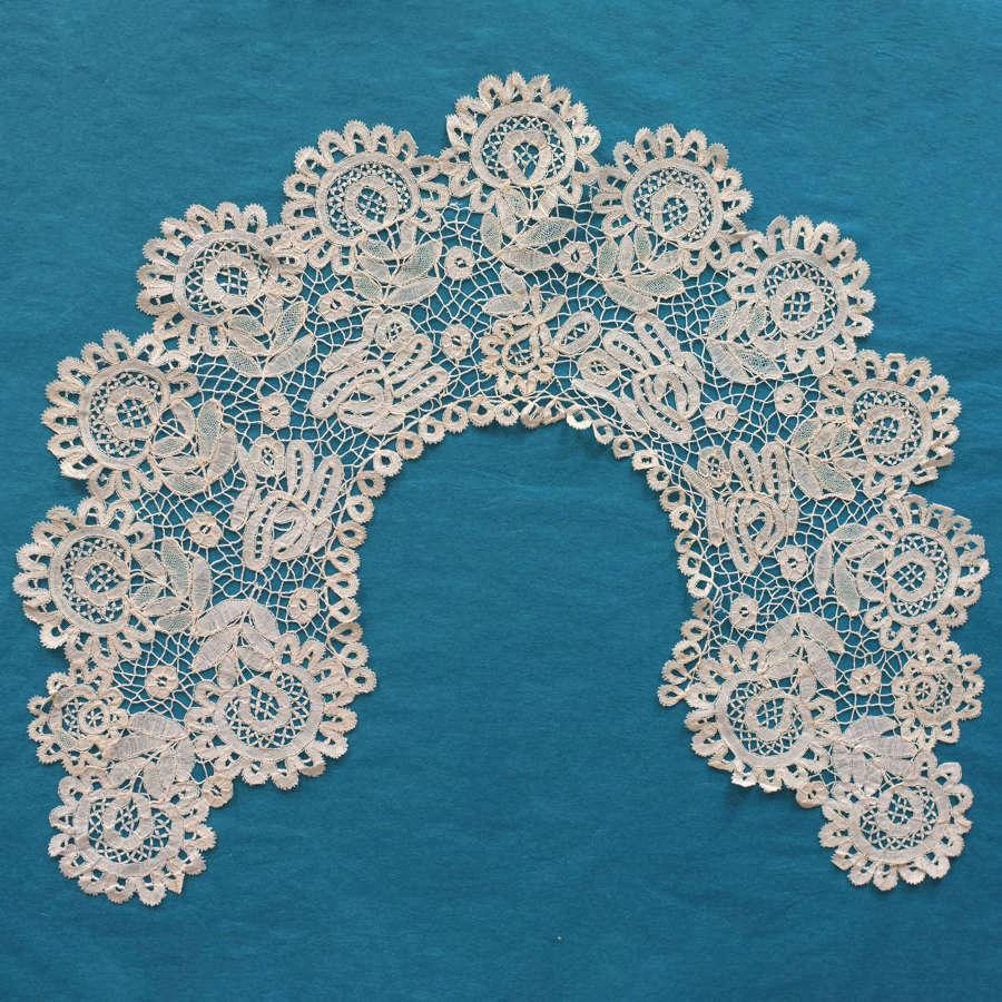 Antique 19th Century Honiton Lace Collar