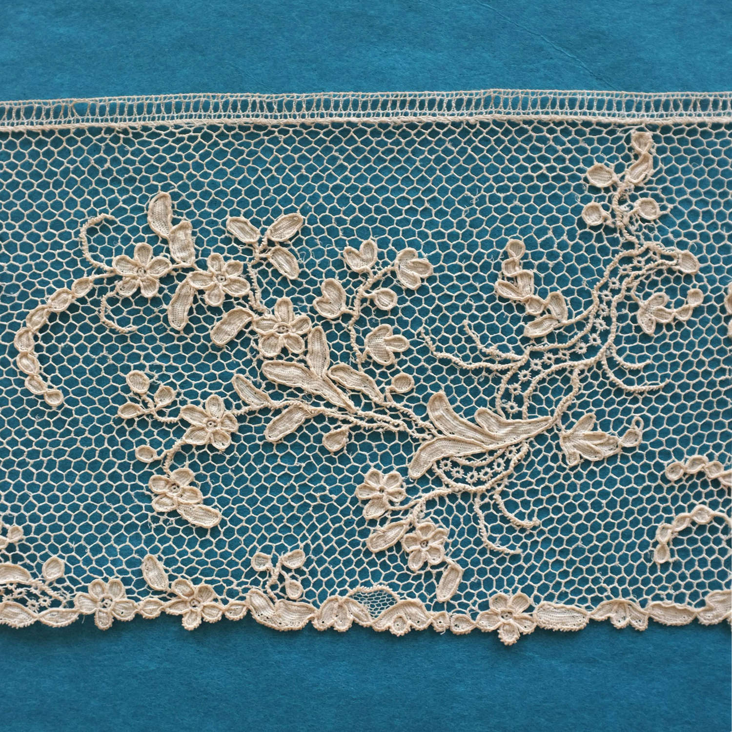 Antique 18th Century Argentan Lace Border, circa 1760